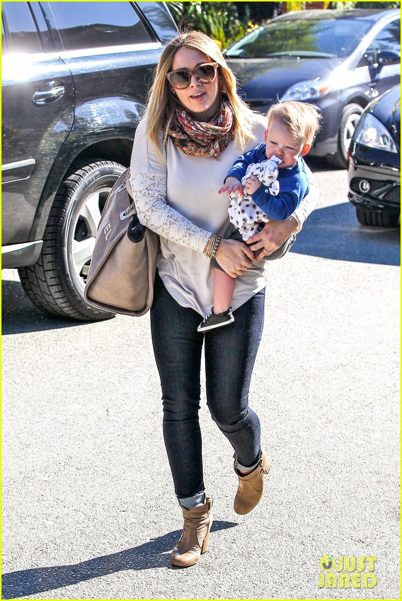 hilary duff mike comrie lakers lovers 01
