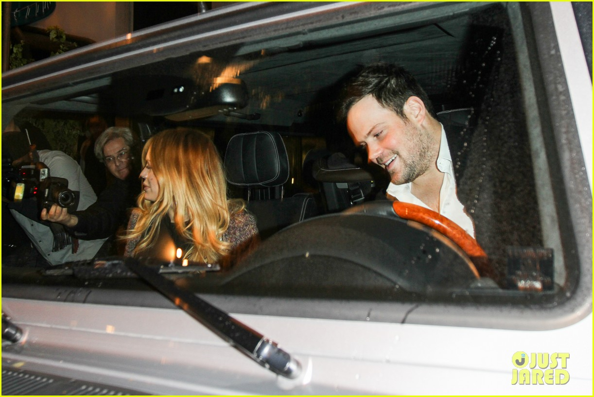 hilary duff mike comrie madeo dinner couple 13