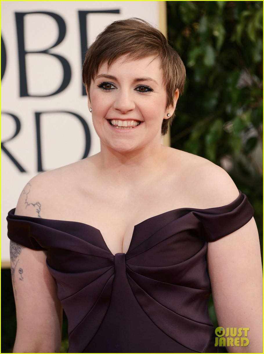 lena dunham girls wins best comedy series at golden globes 2013 08