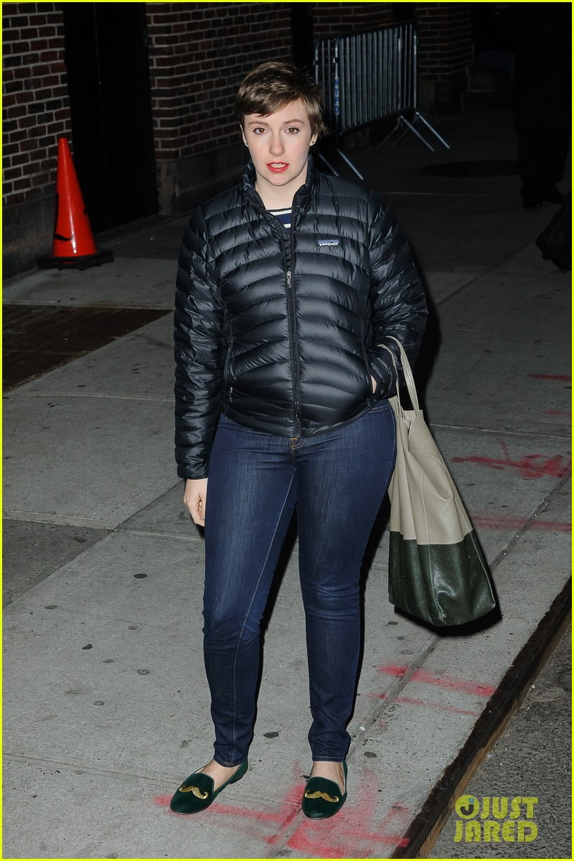 lena dunham allison williams letterman ladies 12