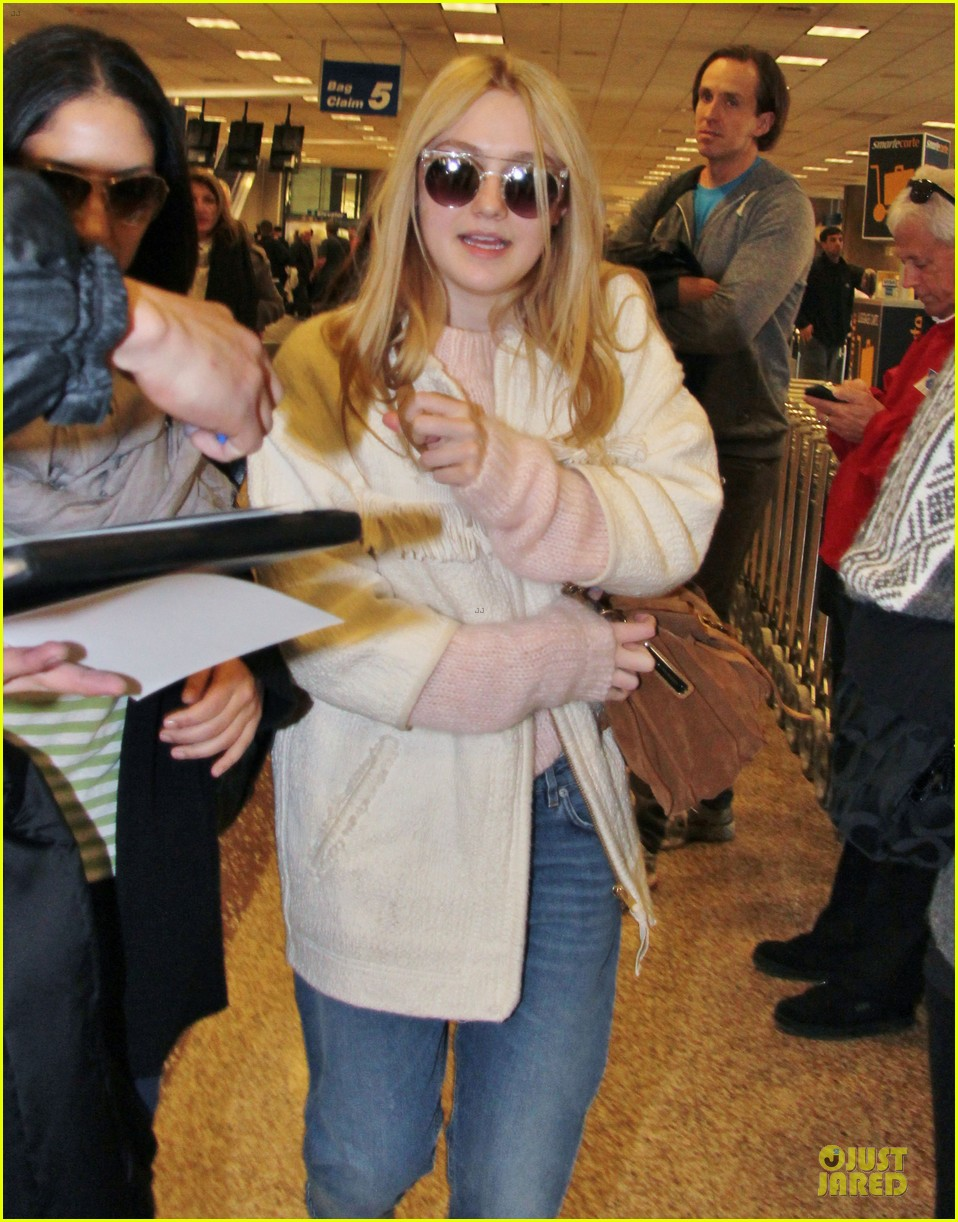 dakota fanning very good girls sundance premiere 23