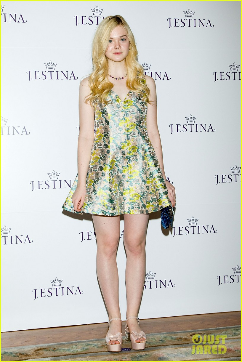 dakota elle fanning jestina campaign launch 01