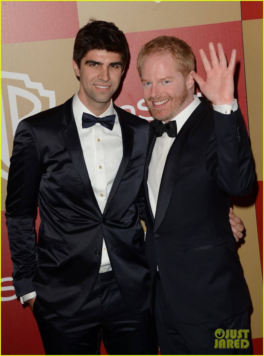 jesse tyler ferguson golden globes 2013 red carpet 06