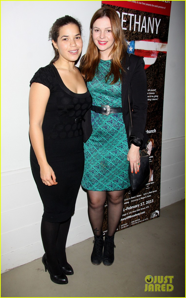 america ferrera amber tamblyn bethany after premiere party 04