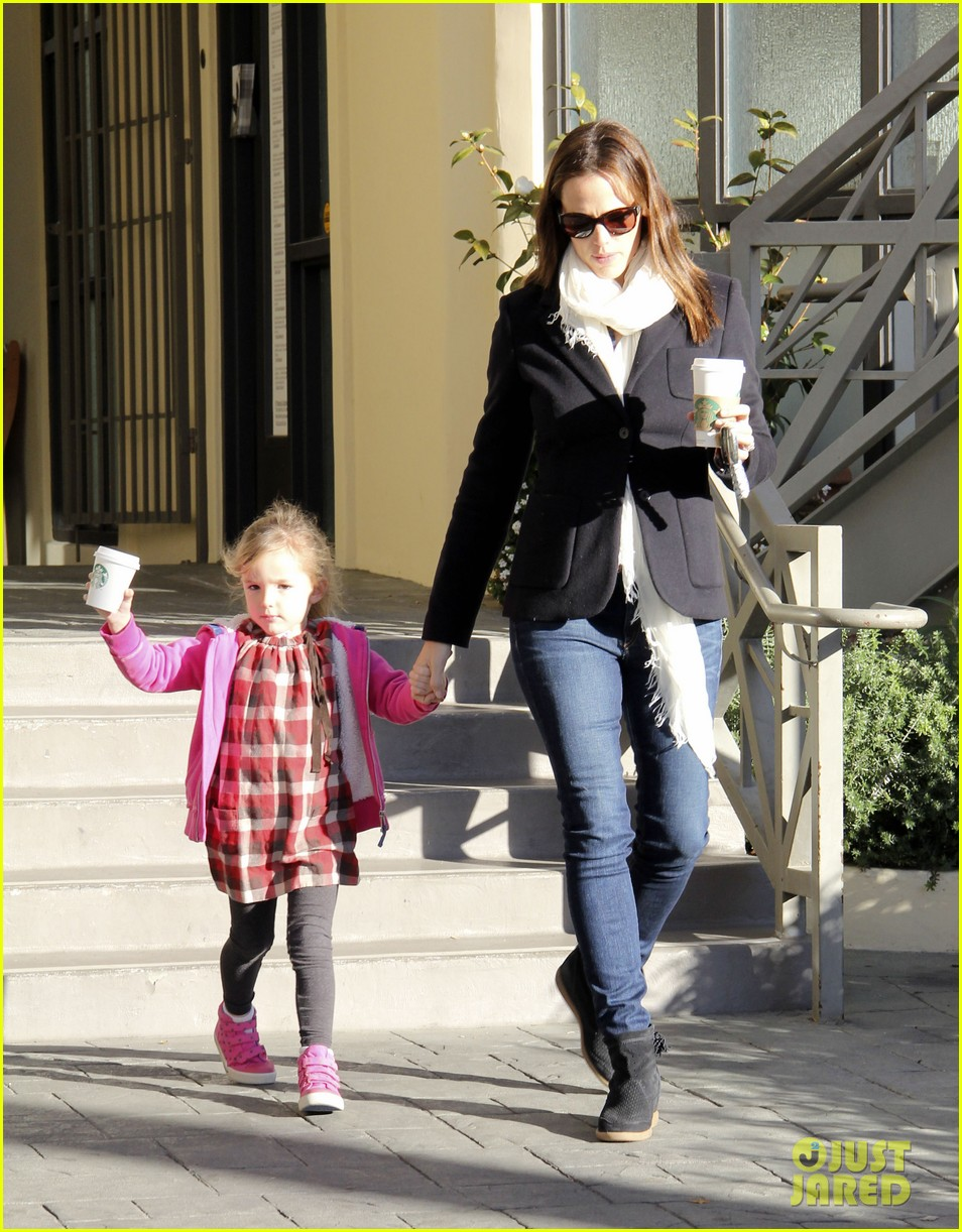 jennifer garner ballet coffee with seraphina 022794025