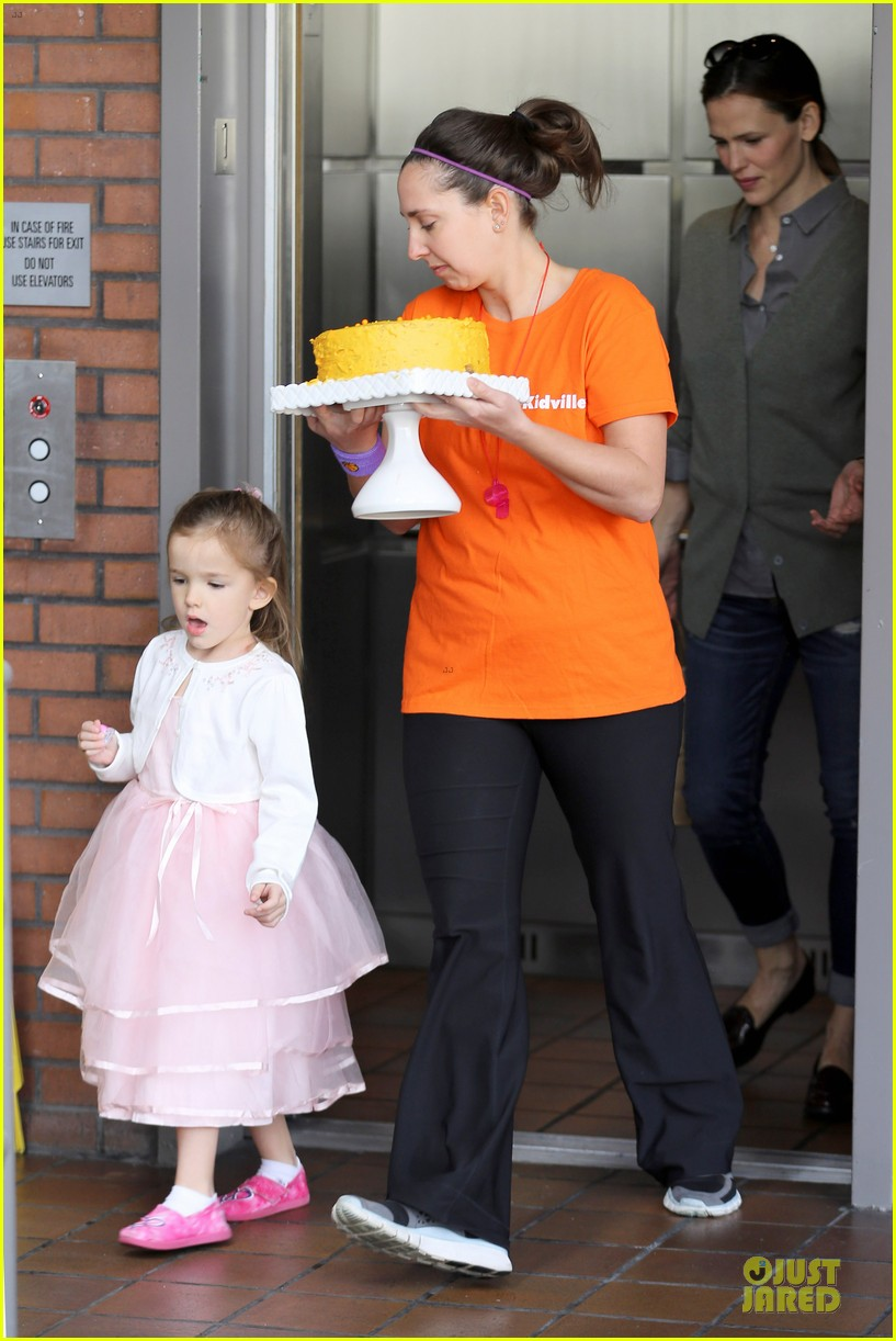 jennifer garner & ben affleck happy 4th birthday seraphina 10