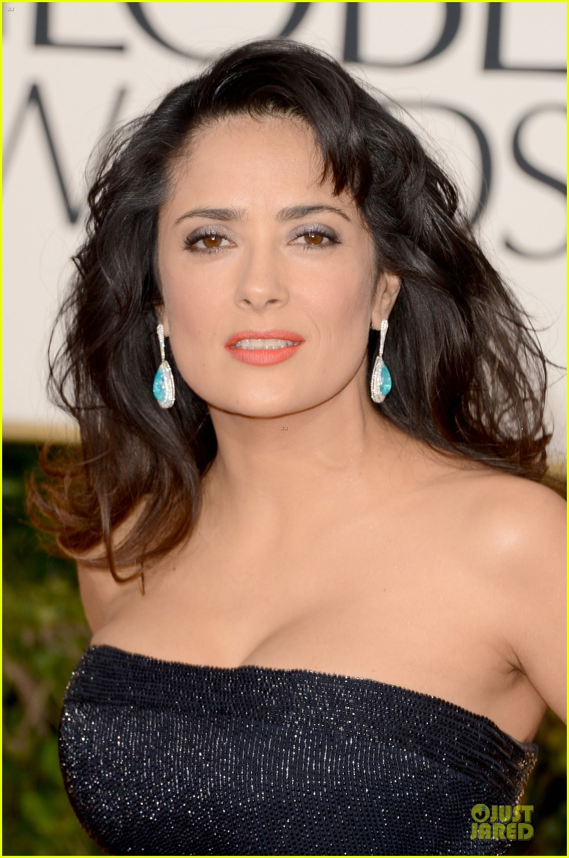 salma hayek golden globes 2013 red carpet 022791247