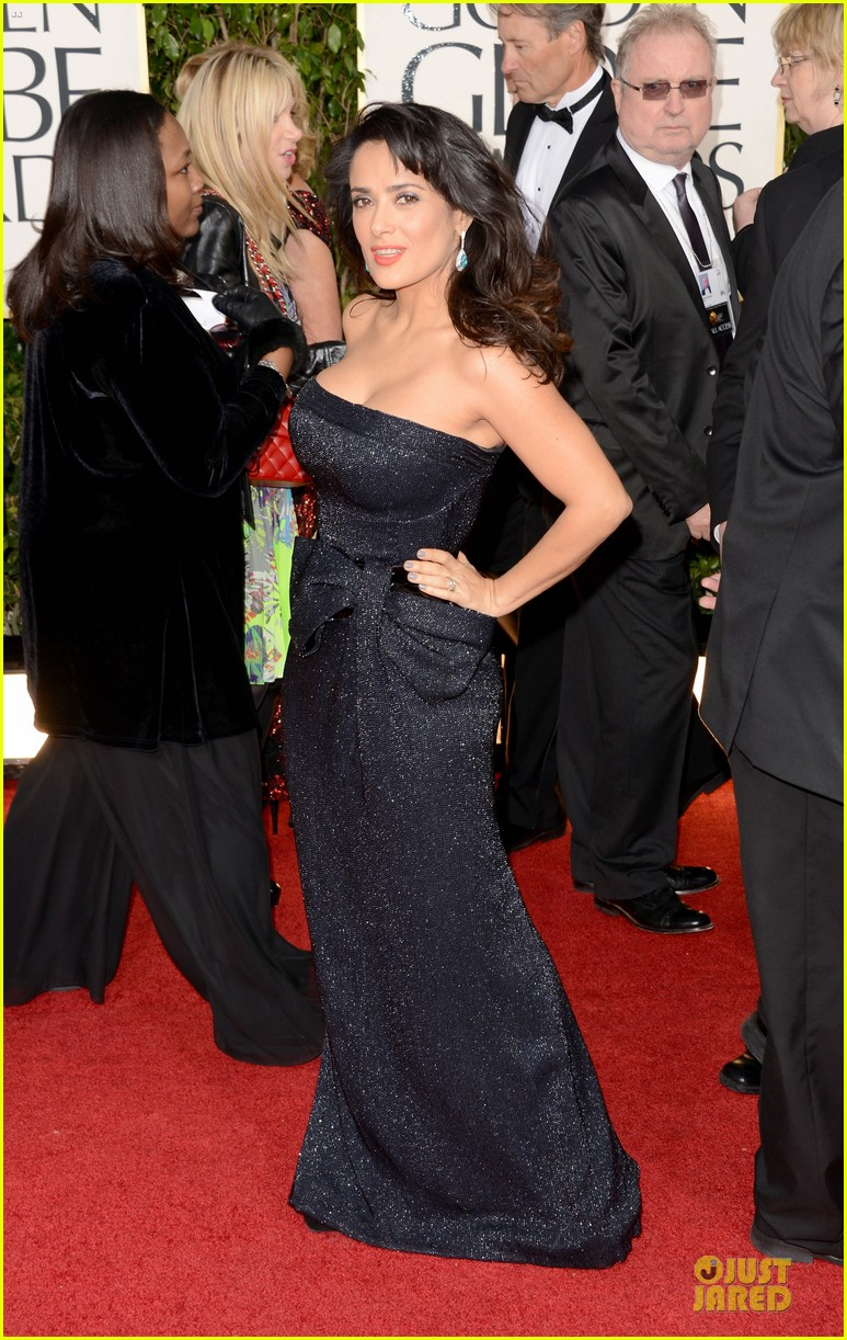 salma hayek golden globes 2013 red carpet 052791250