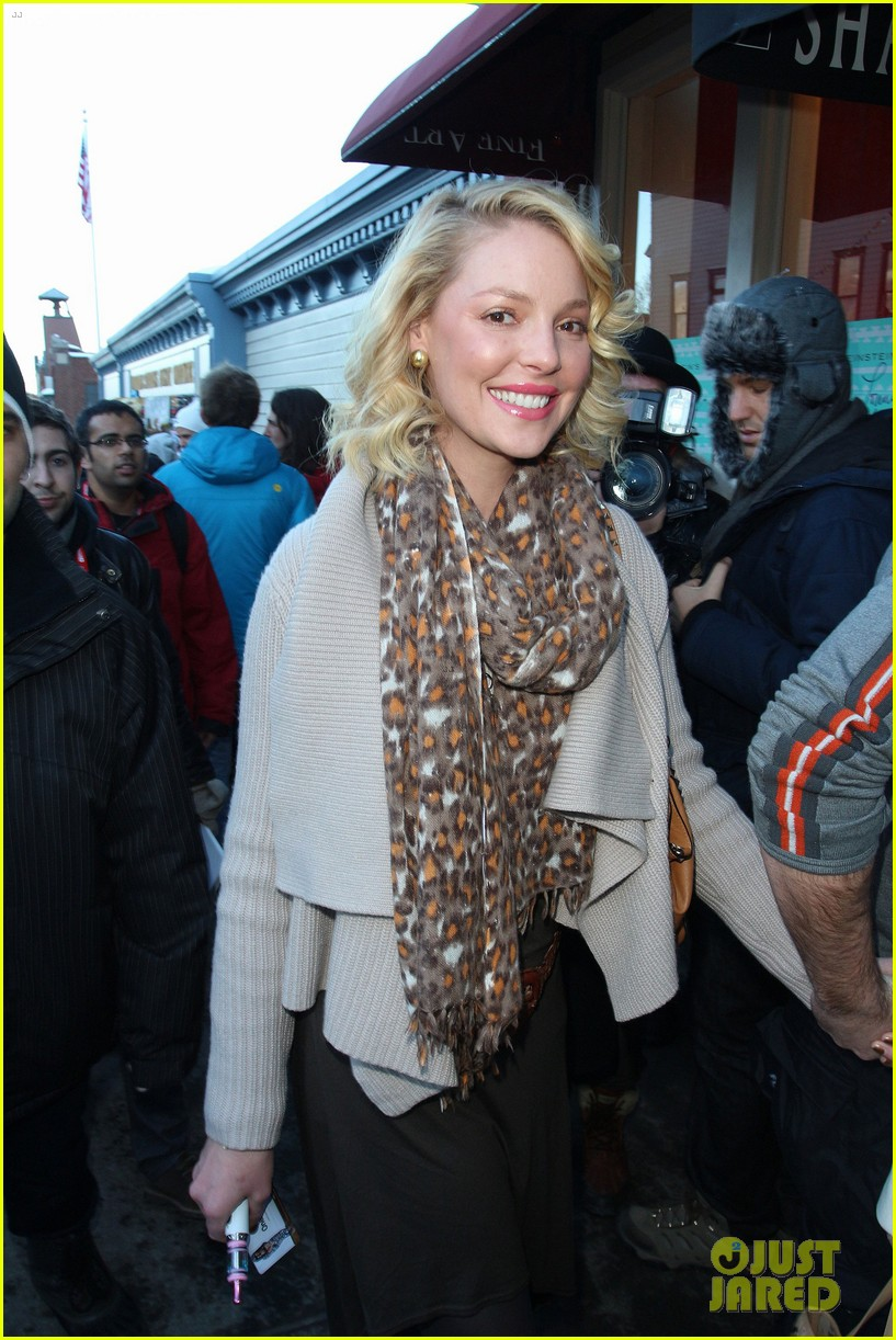 katherine heigl abigail spencer kari feinstein style lounge 062795586