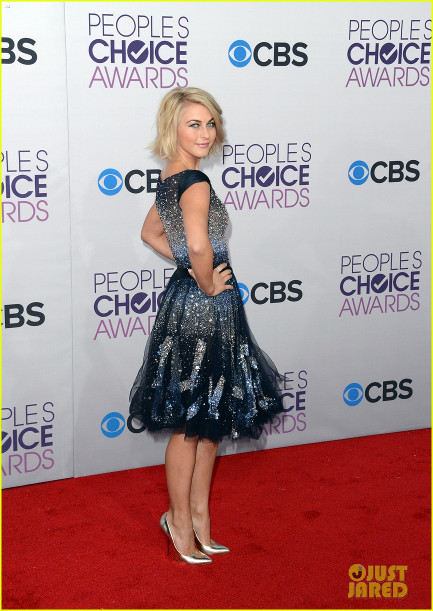 julianne hough peoples choice 2013 16