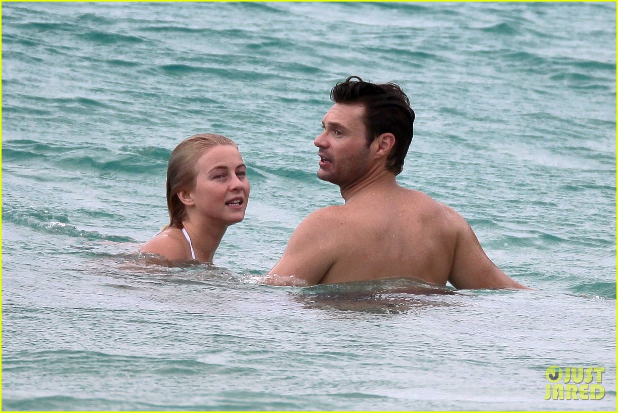 julianne hough bikini swimming with shirtless ryan seacrest 02