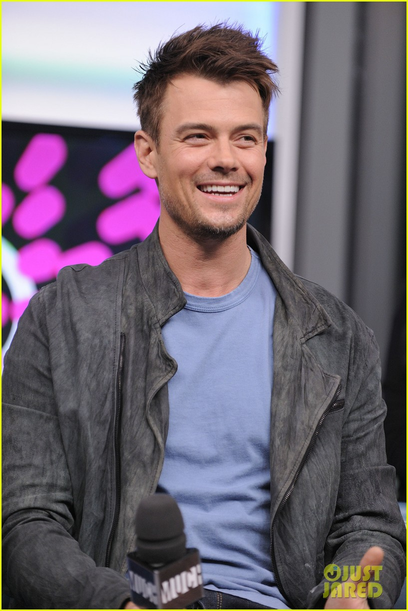josh duhamel julianne hough safe haven toronto premiere 20