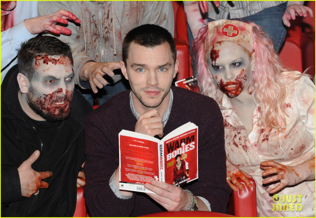 teresa palmer nicholas hoult warm bodies london photo call 02