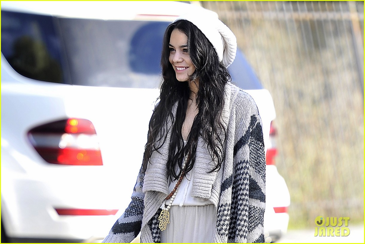 vanessa hudgens new year new adventures 02
