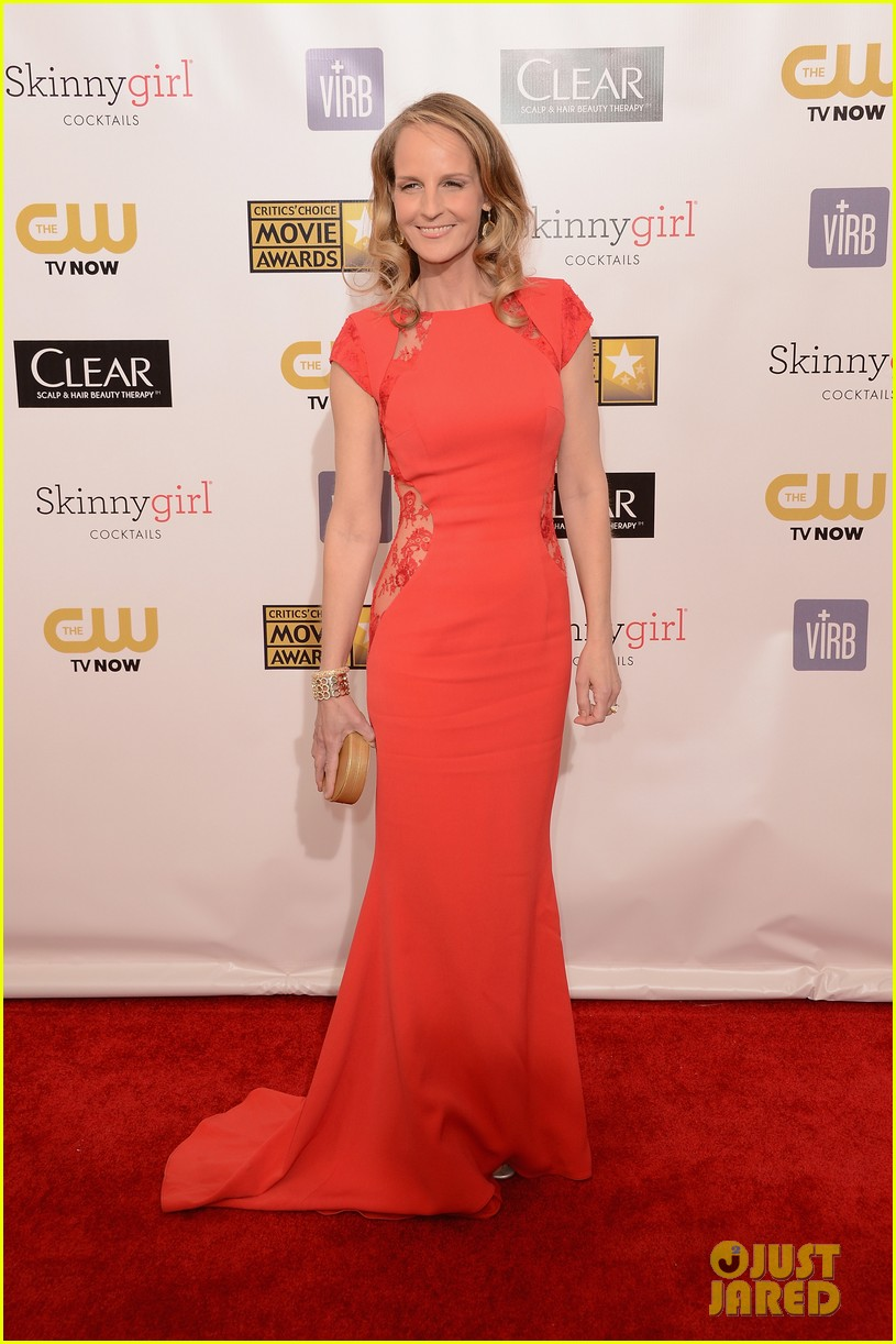 helen hunt sally field critics choice awards 2013 052788852