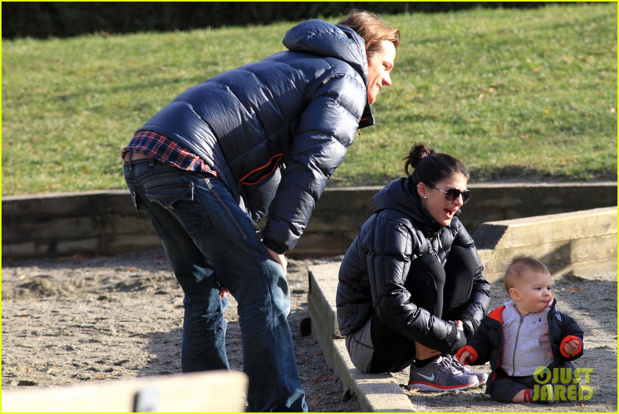 jared padalecki genevieve cortese park playdate with thomas 112795362
