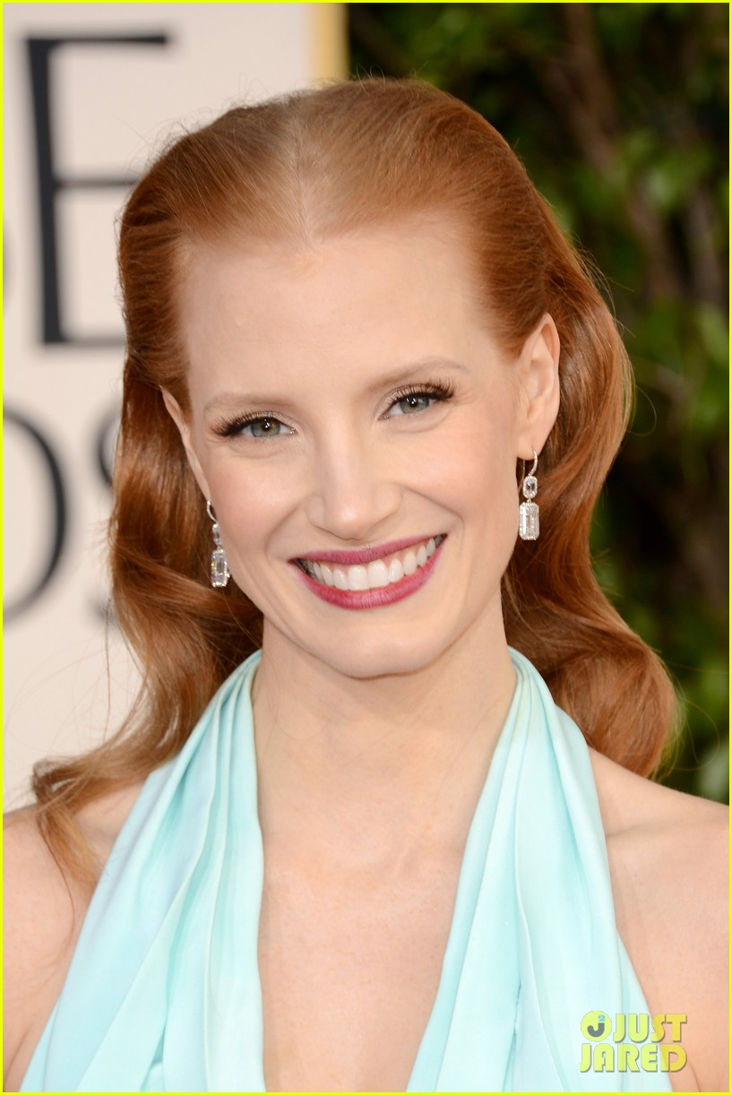 jessica chastain golden globes 2013 red carpet 03