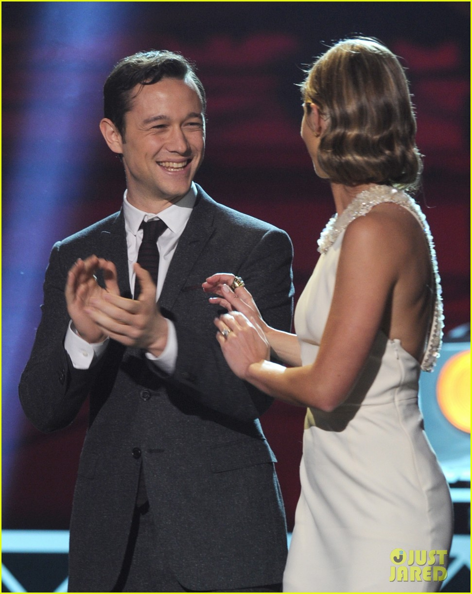 jgl bale critics choice awards 19