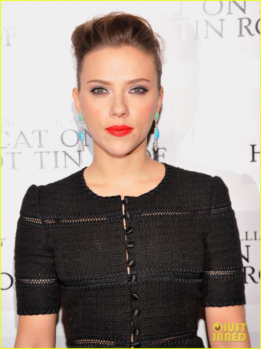 scarlett johansson cat on a hot tin roof opening party 17