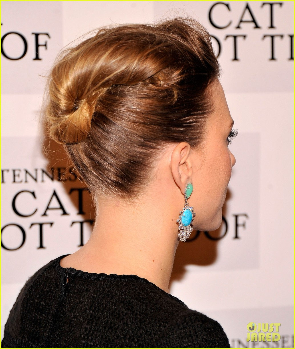 scarlett johansson cat on a hot tin roof opening party 22