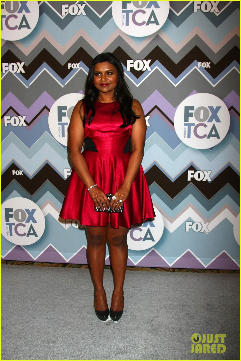 mindy kaling zooey deschanel fox tca all star party 01