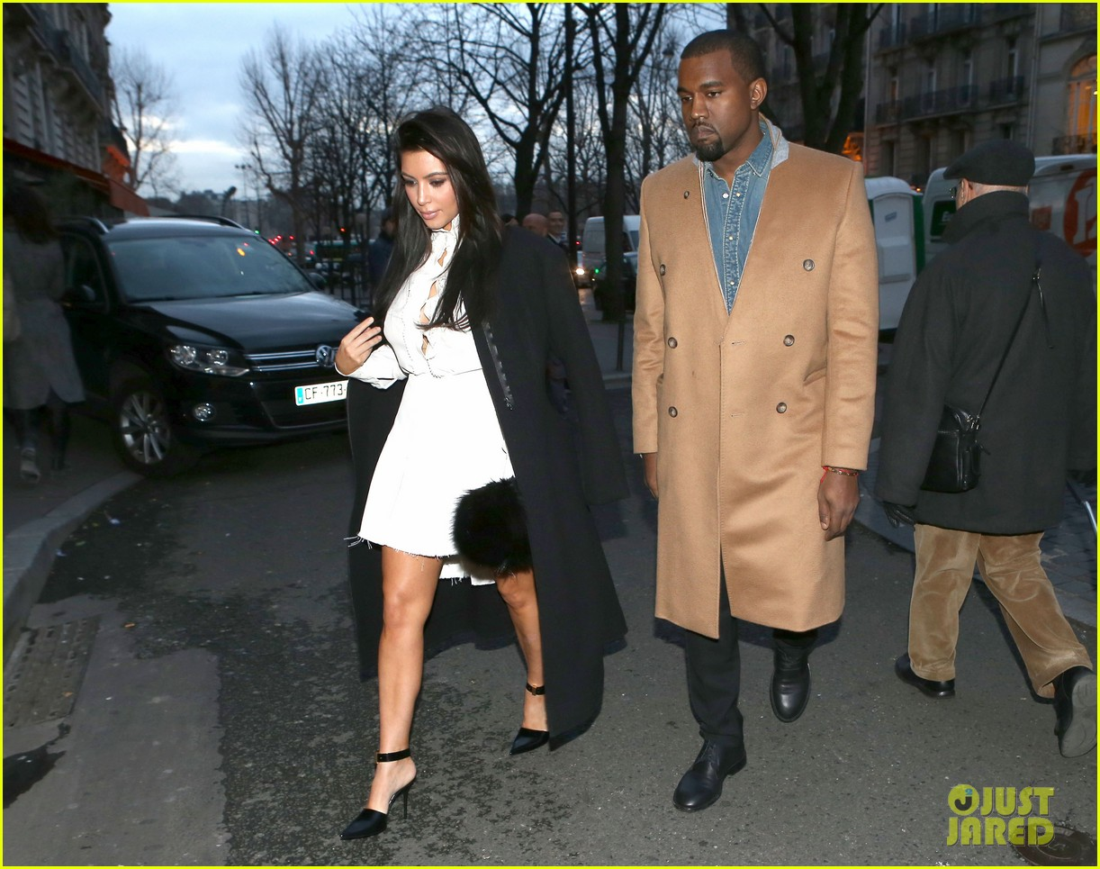 kanye west kim kardashian balenciaga shoppers 13