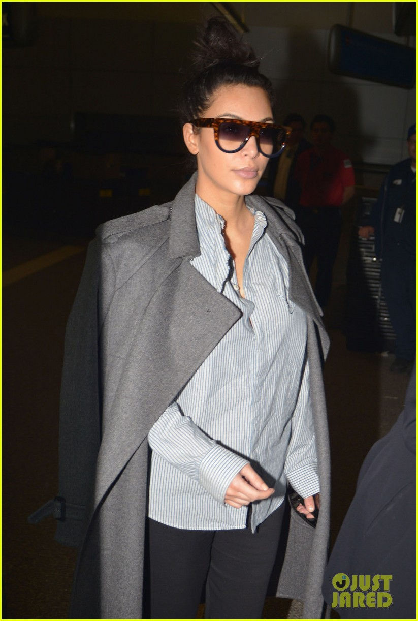 kim kardashian back from paris 19