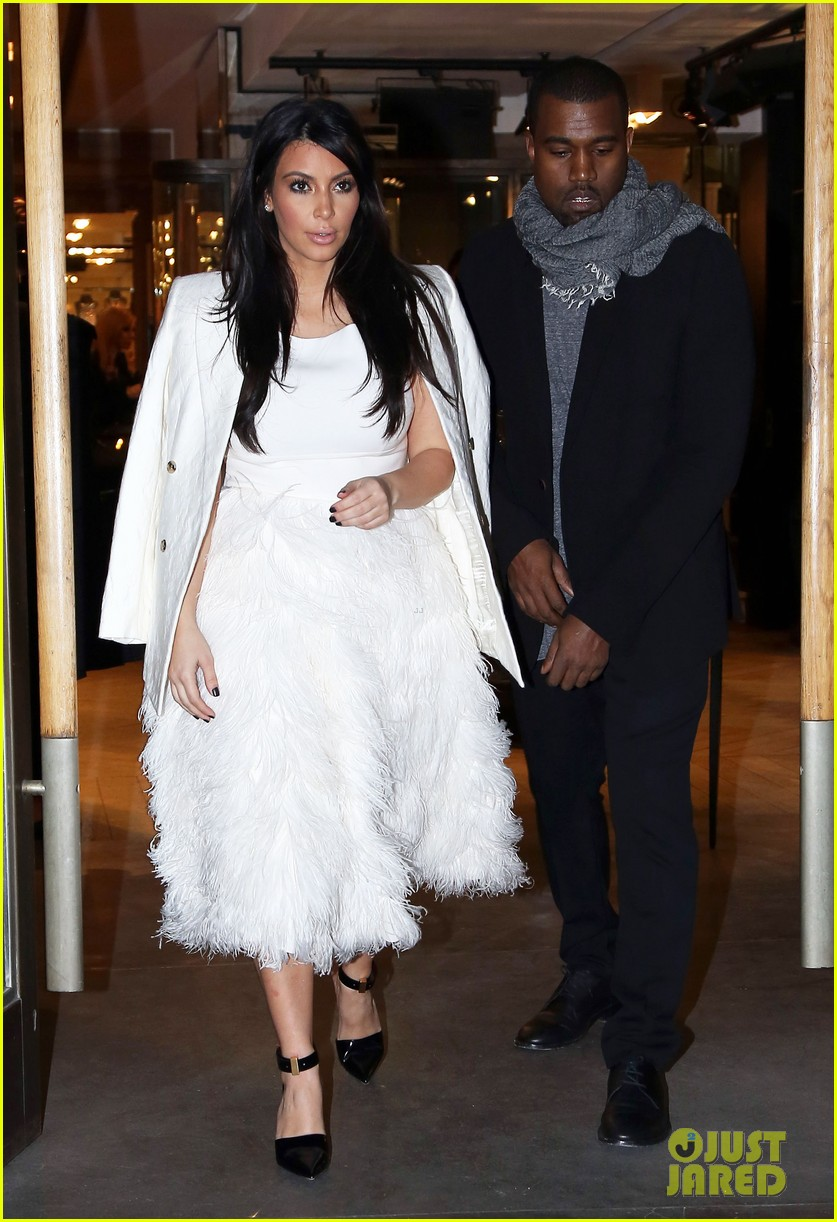 kim kardashian kanye west day off in paris 14