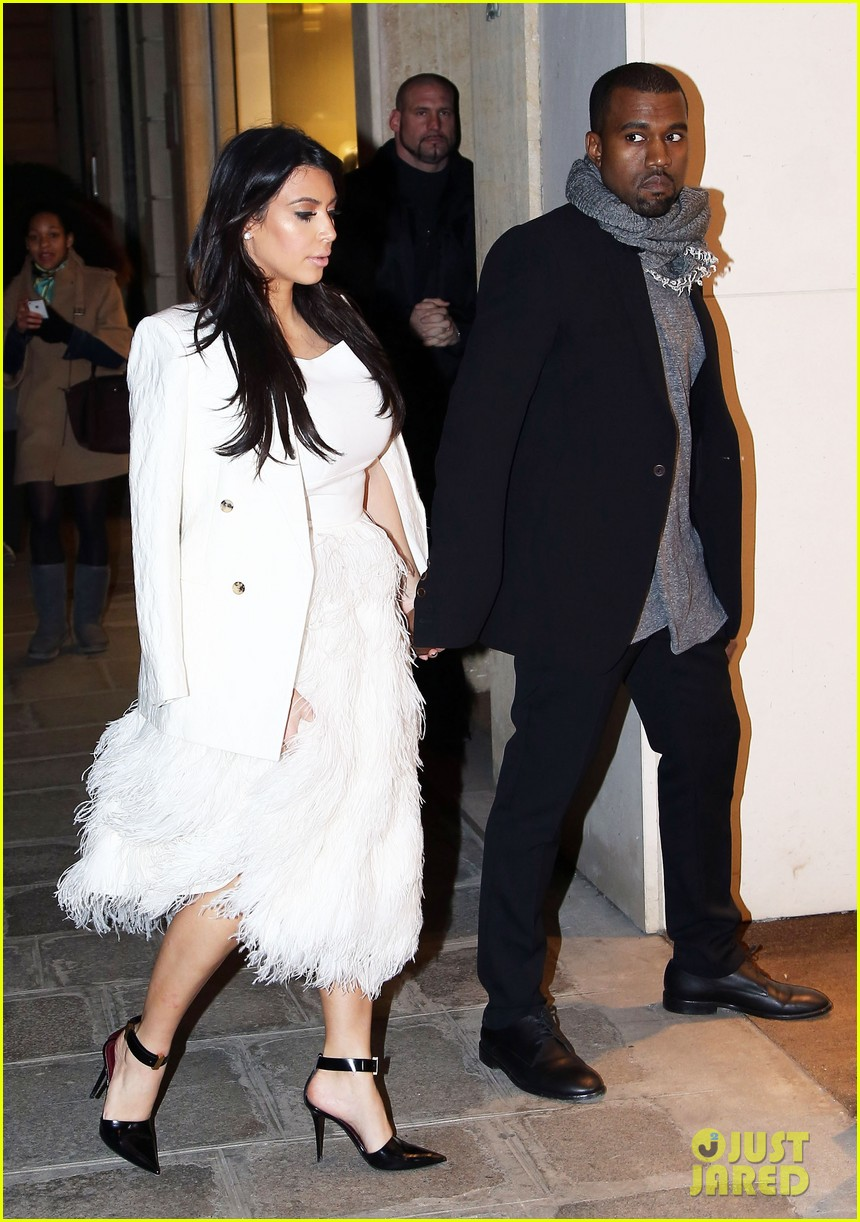 kim kardashian kanye west day off in paris 15