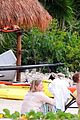 miranda kerr shirtless orlando bloom beach vacation with flynn 28