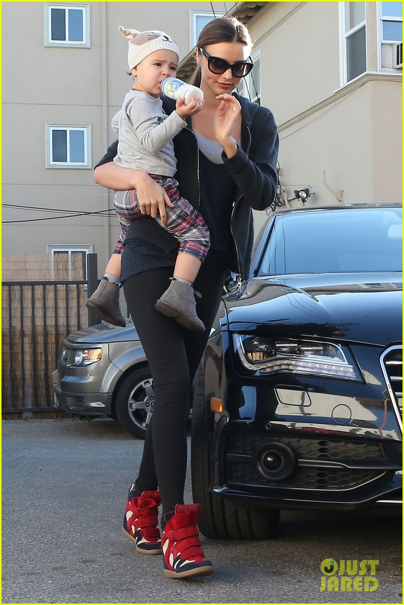 miranda kerr and flynn workout buddies 29