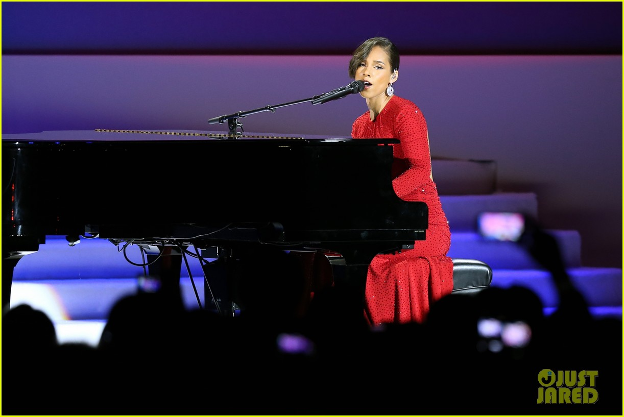 alicia keys inaugural ball performance 042796386