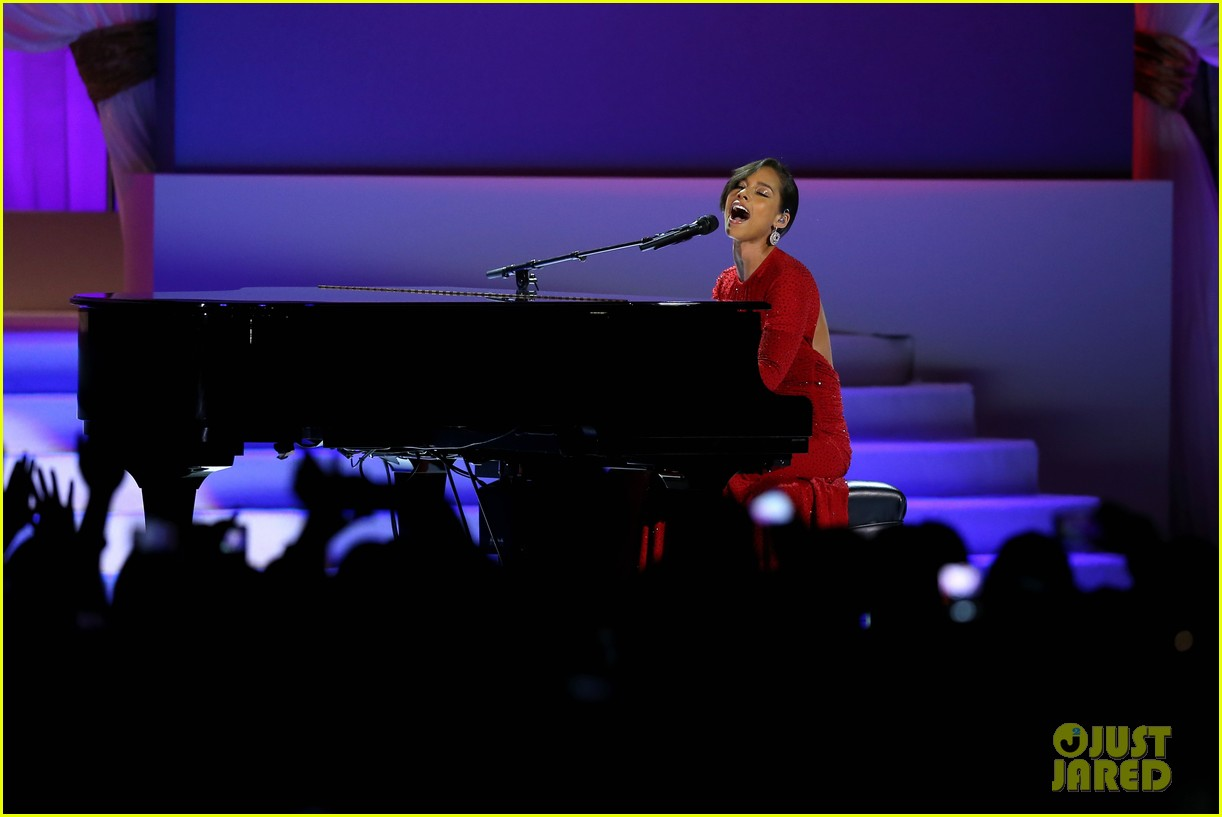 alicia keys inaugural ball performance 06