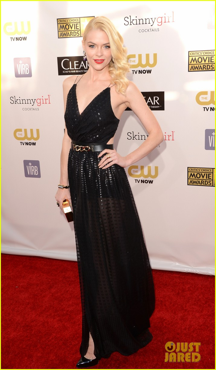 jaime king critics choice awards 2013 red carpet 04