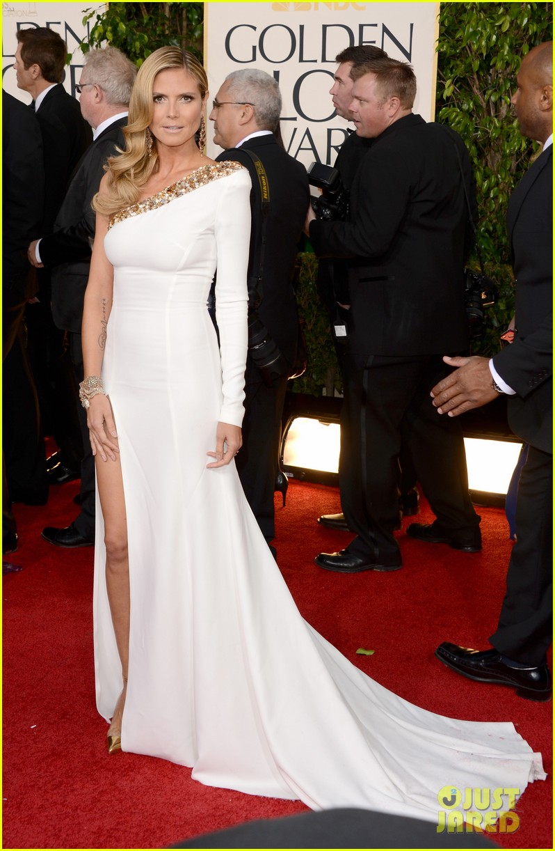 heidi klum golden globes 2013 red carpet 03