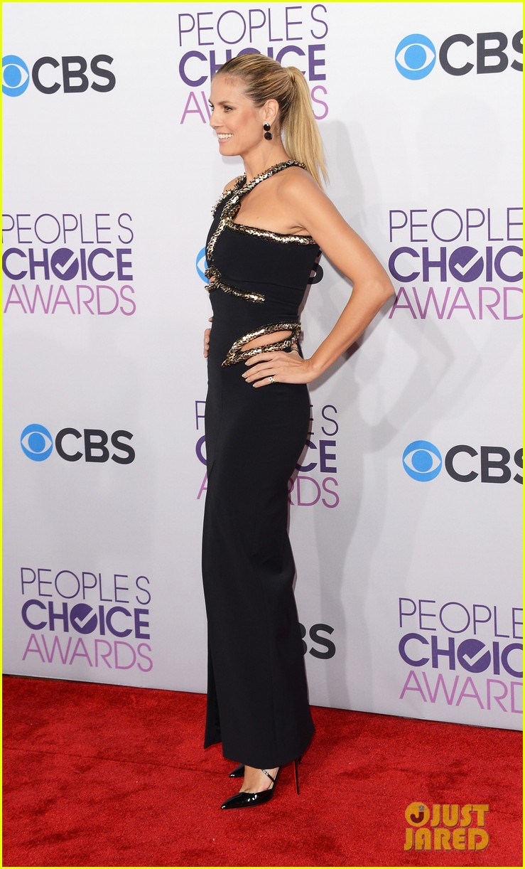 heidi klum peoples choice awards 2013 red carpet 12