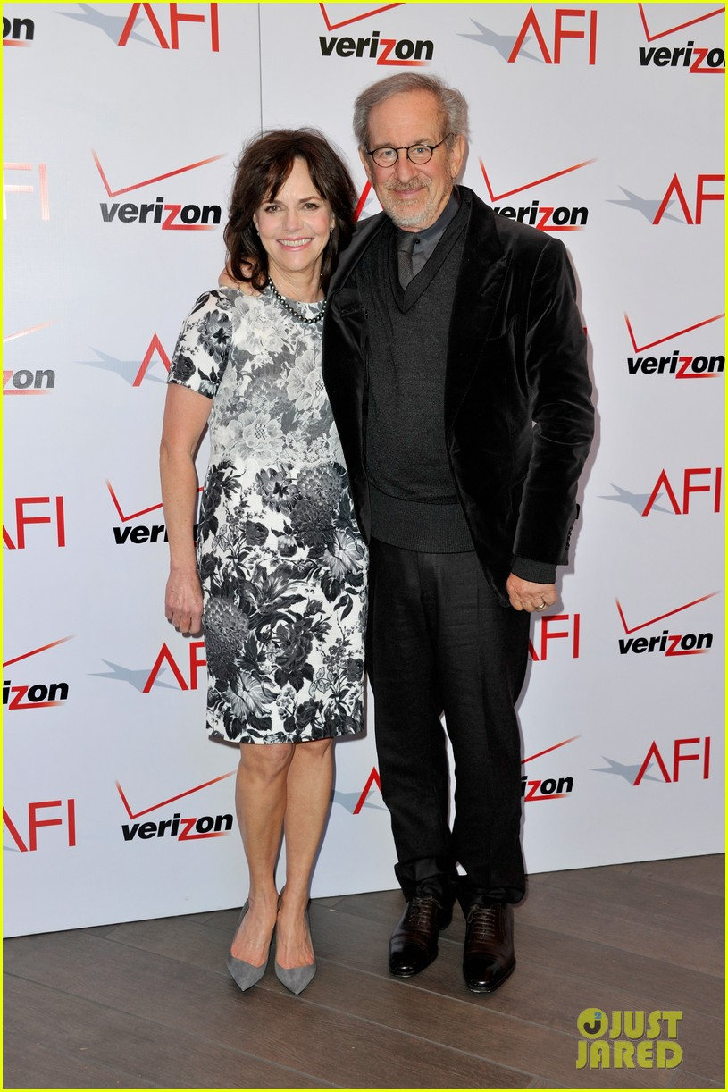 daniel day lewis sally field lincoln cast at afi awards 2013 13