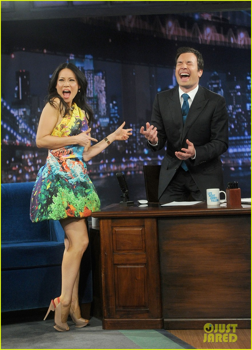 lucy liu late night with jimmy fallon appearance 04