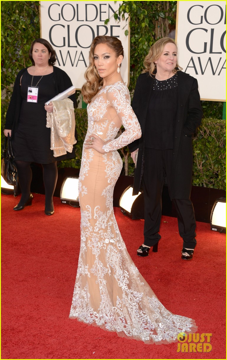 jennifer lopez golden globes 2013 red carpet 03