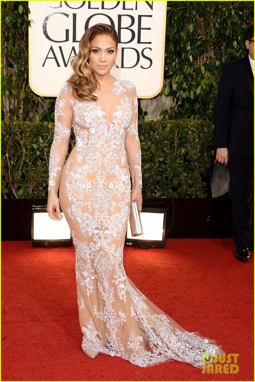 jennifer lopez golden globes 2013 red carpet 05