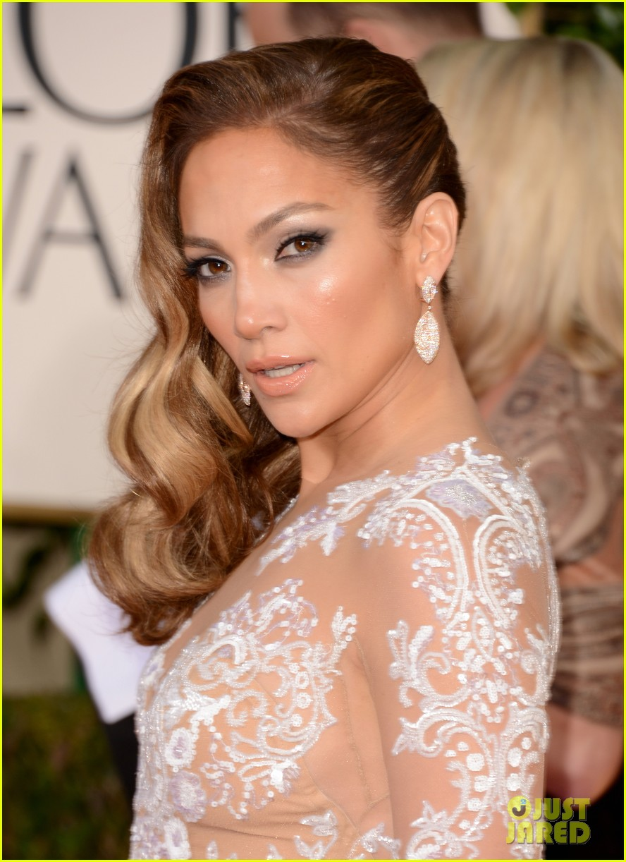 jennifer lopez golden globes 2013 red carpet 06