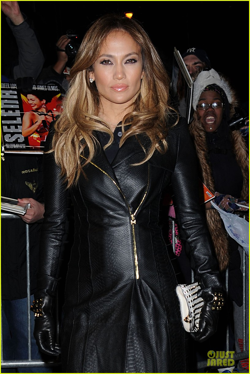 jennifer lopez the daily show with jon stewart appearance tomorrow 08