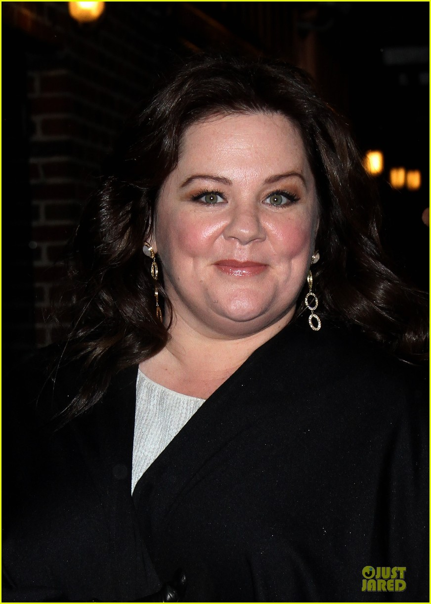 melissa mccarthy covers michigan avenue magazine winter 2013 042800459