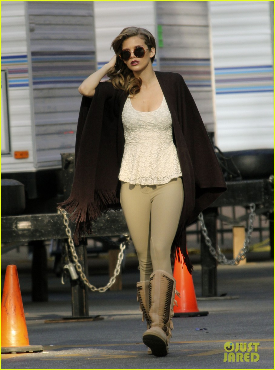 annalynne mccord i could dress up like this every day 13