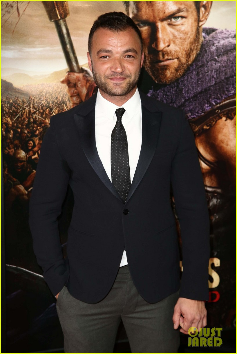 liam mcintyre spartacus war of the damned premiere 12