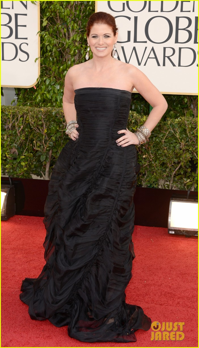 debra messing jack davenport golden globes 2013 red carpet 012790834