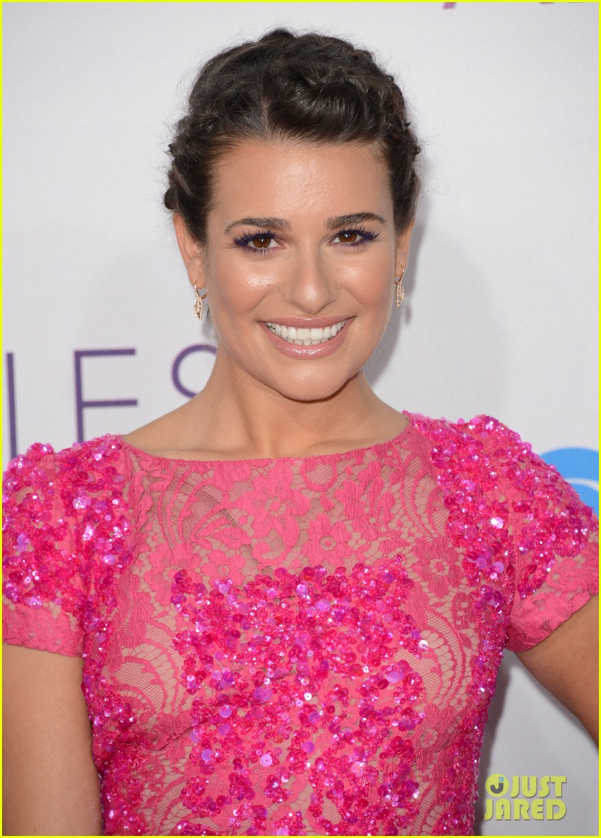 lea michele peopels choice awards 2013 red carpet 02