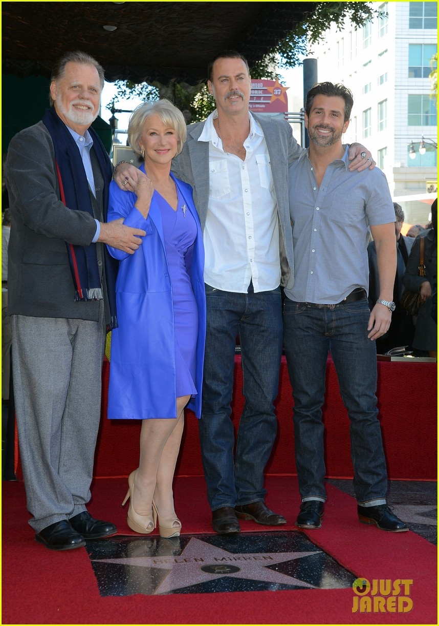 helen mirren receives star on hollywood walk of fame 05