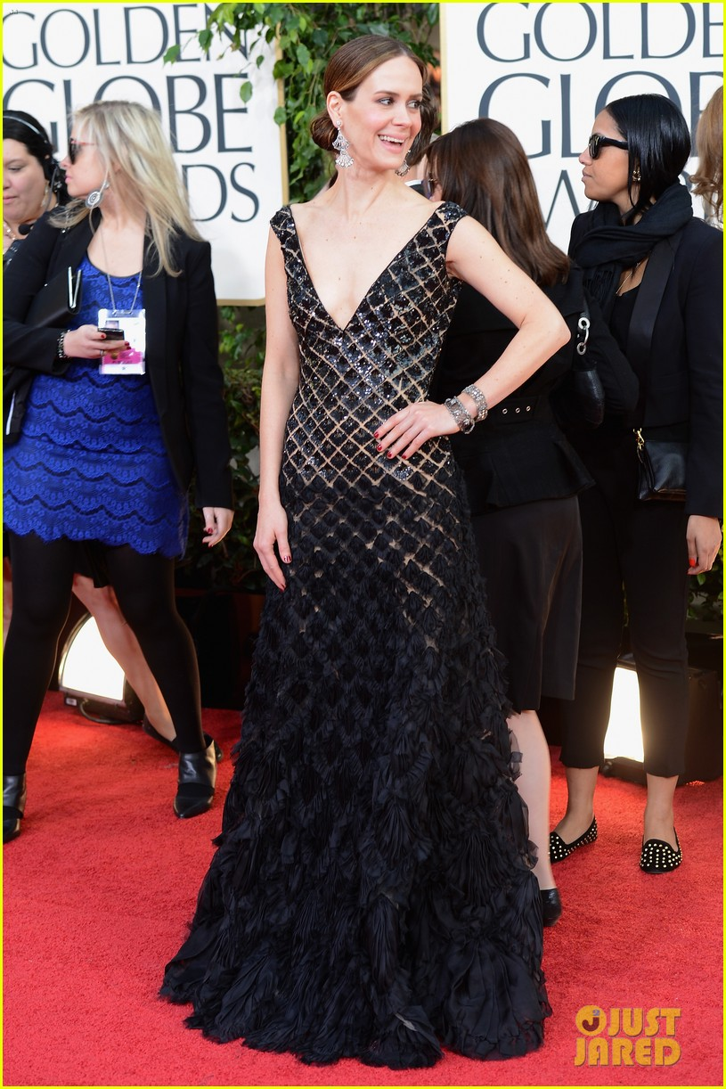 julianne moore ferguson golden globes 2013 red carpet 08