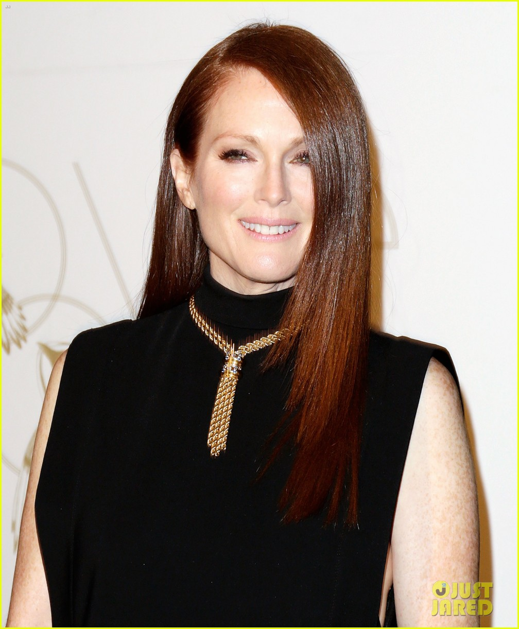 julianne moore dita von teese lovegold pre golden globes party 25